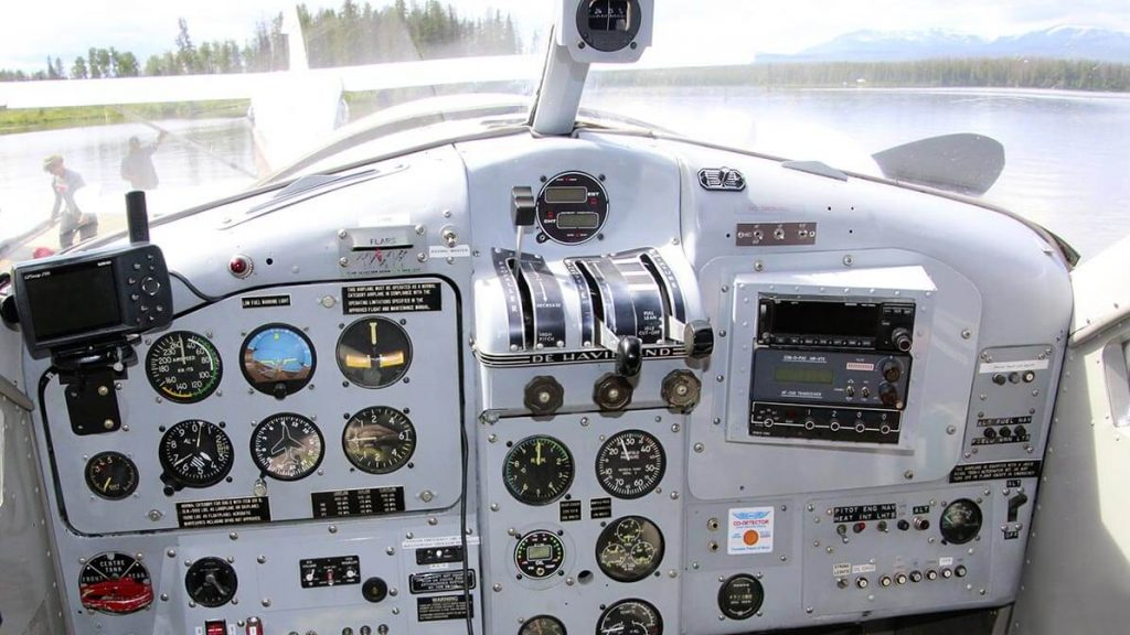wasserflugzeug cockpit